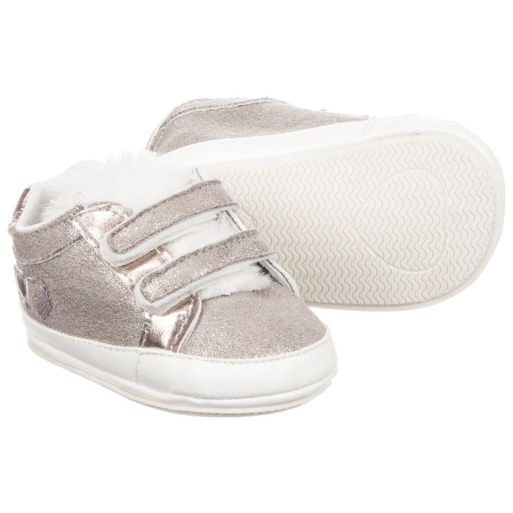 Pre Mayoral Shoes Outlet NewbornGirls 227880 walker Gold Product Number Childrensalon 1TFJculK3