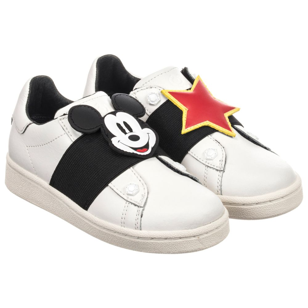 MOA Master of Arts - White Disney Trainers  fa602a0c270